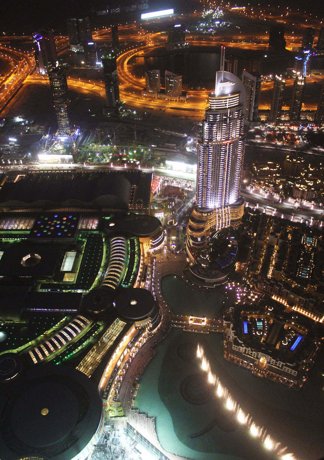 TOP 5 THINGS TO SEE AND DO IN DUBAI