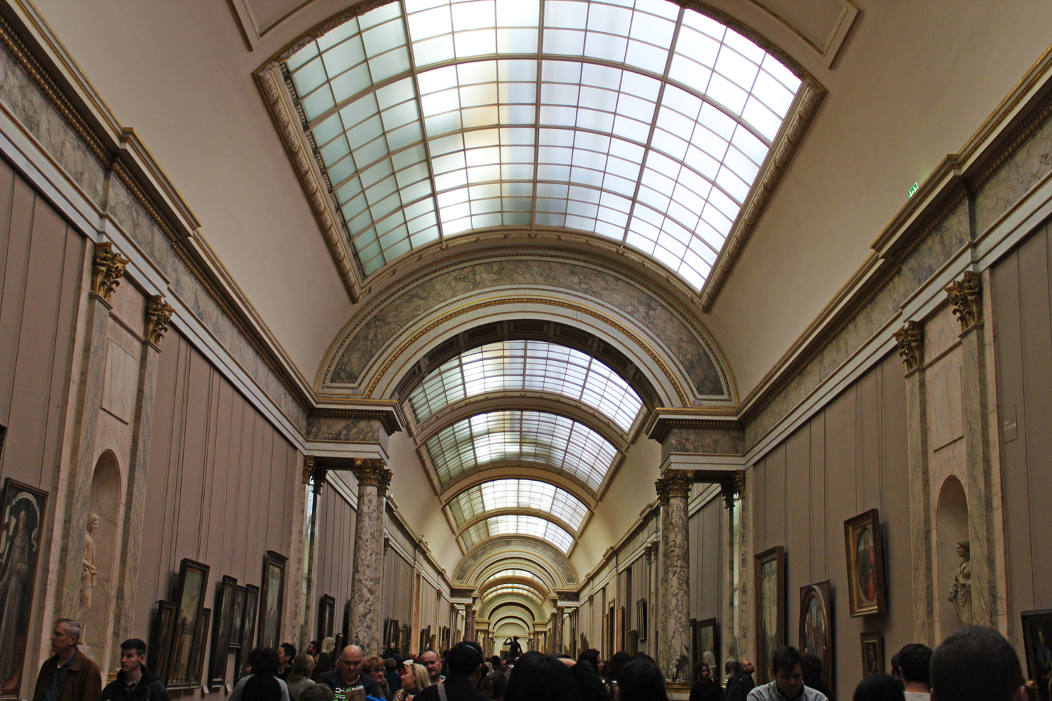 must see museums in paris louvre