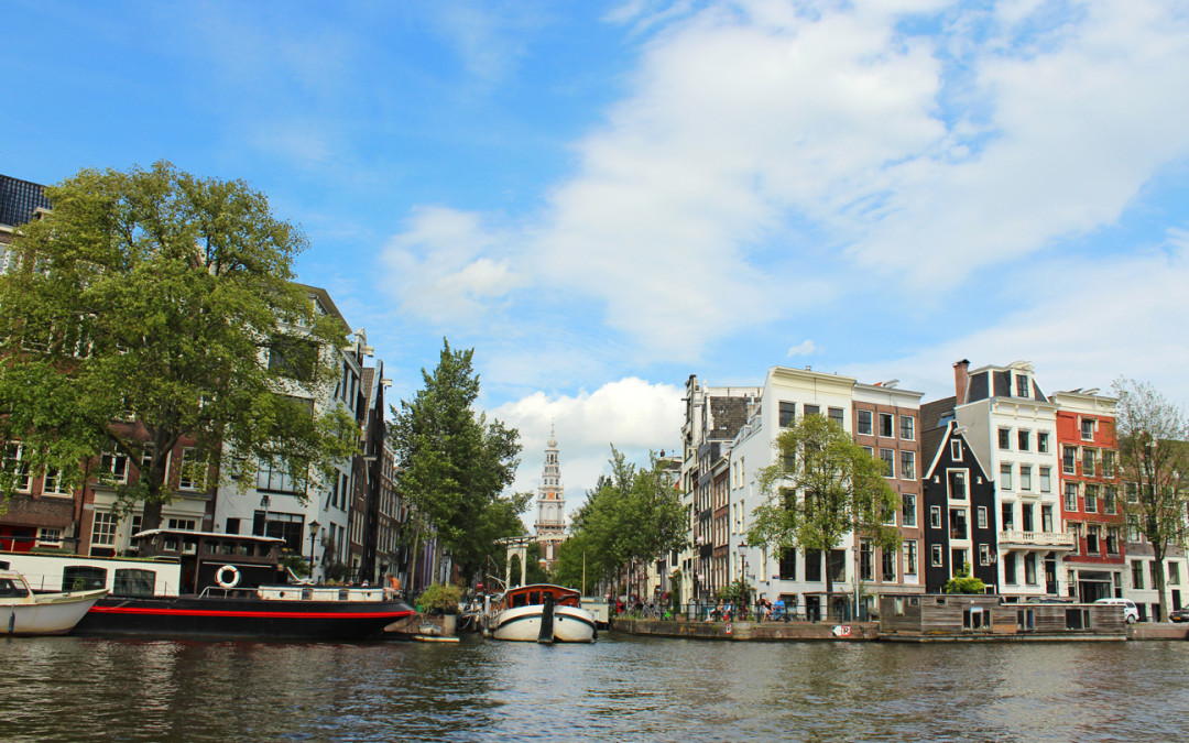 CRUISING THE ENCHANTING CANALS OF AMSTERDAM