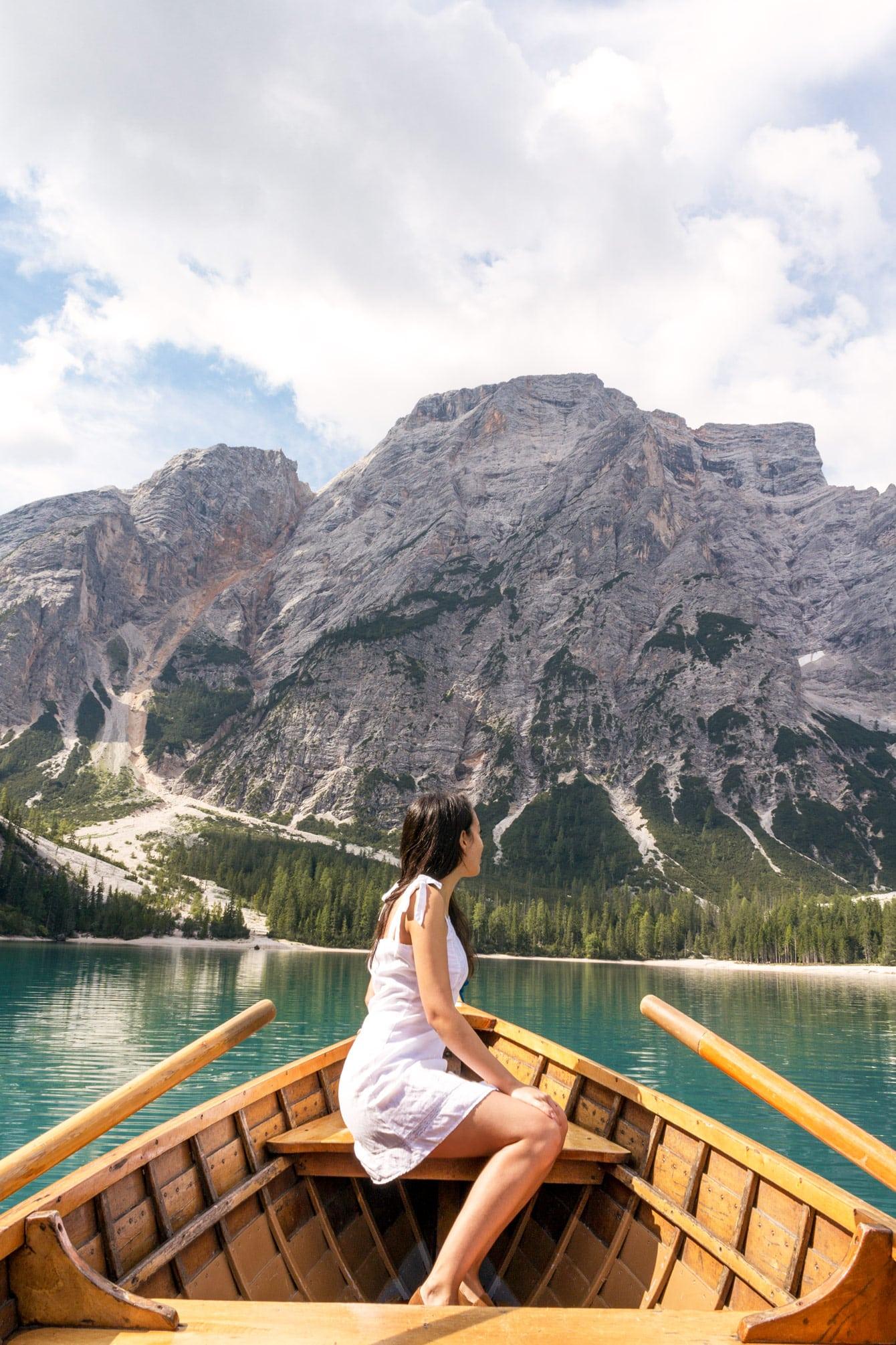visit Lake Braies boat girl Pragser Wildsee
